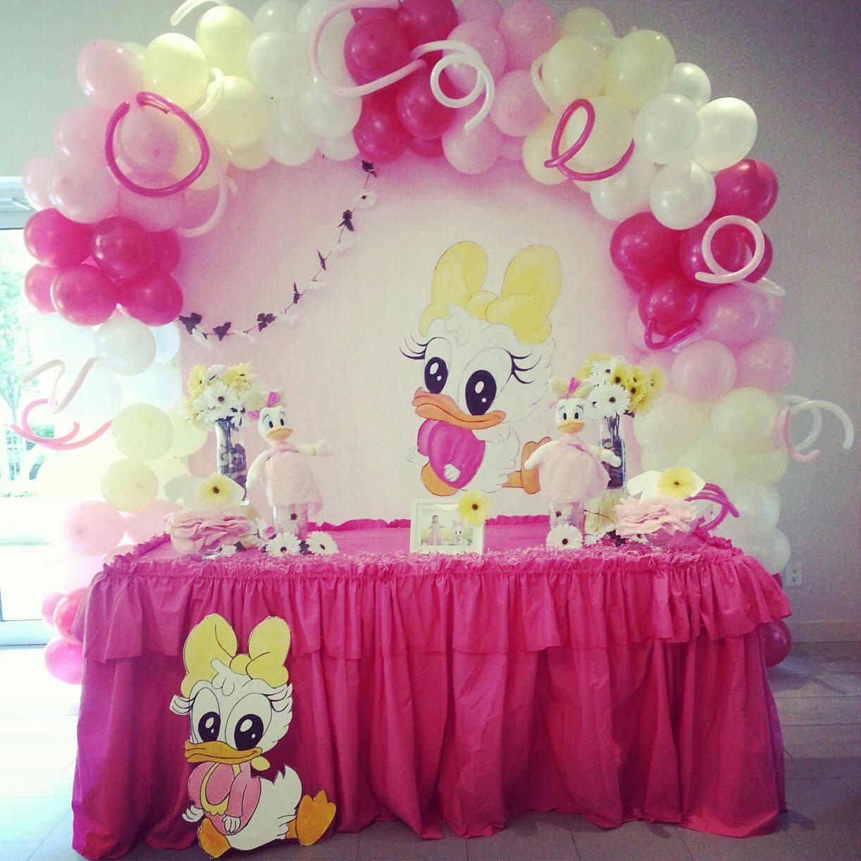 Decoration Wonderland Baby Daisy Duck