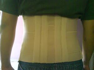 korset penyangga tulang belakang