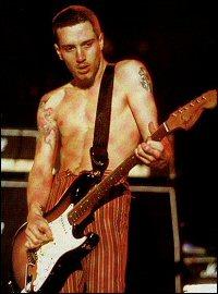 John Frusciante [Discografia, carreira, colaborações, etc.] John-Frusciante_5531_15279_997507