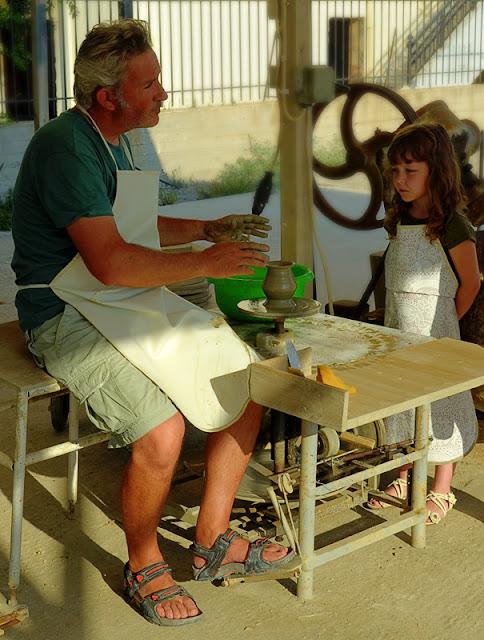 Крит Греция Платаниас Гончарный мастер класс Crete Greece Platanias Platanes ceramics master class