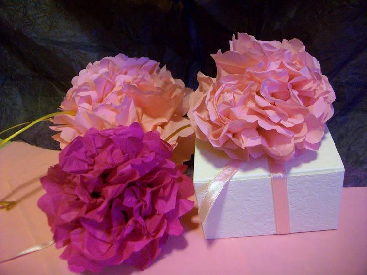 Scatole bomboniere decorate con fiori Azalee fatte a mano