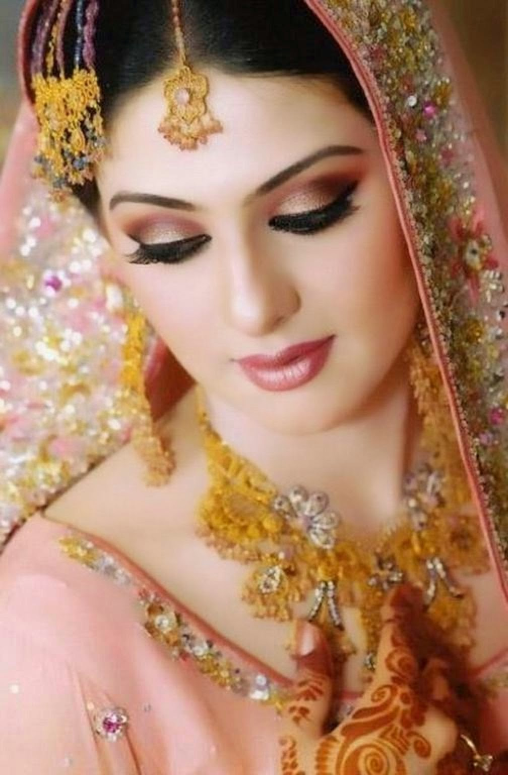 Bridal Makeup Pics Latest : Free Download HD Wallpapers: Beautiful Pakistani Bridal ...