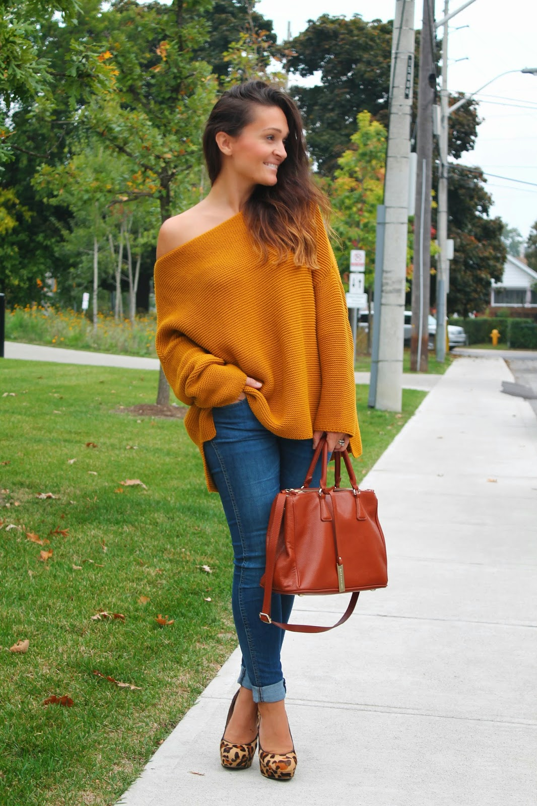 Chunky Oversized Sweater in Fall Colour