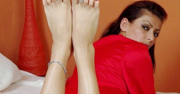 bhabhi foot