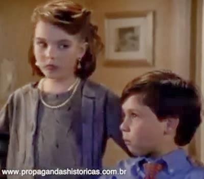 Propaganda do Unibanco Prever - propaganda com crianças - anos 90.