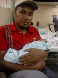 papa wit new baby..