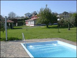 Casas completas galicia alquiler de vacaciones casa - Apartamentos con piscina en galicia ...