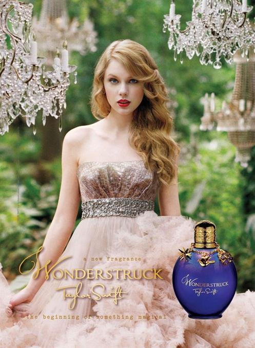 Artist In The World: Taylor Swift - Wonderstruck PhotoShoot