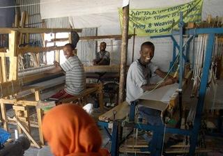 Äthiopien, Esmael Jemal in seiner Werkstatt in Bahir Dar