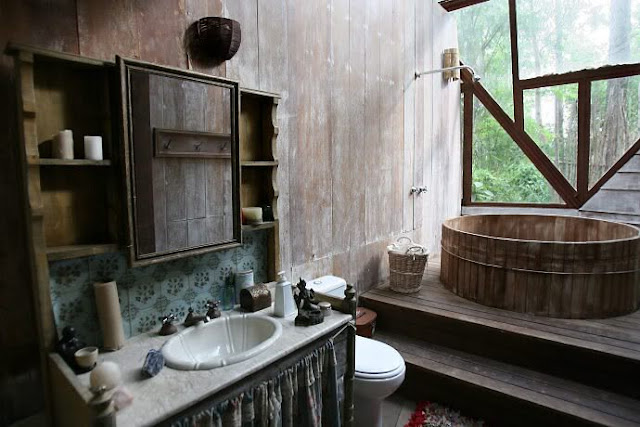 Moon to moon the beautiful wooden dome house in a forest for Forest bathroom ideas