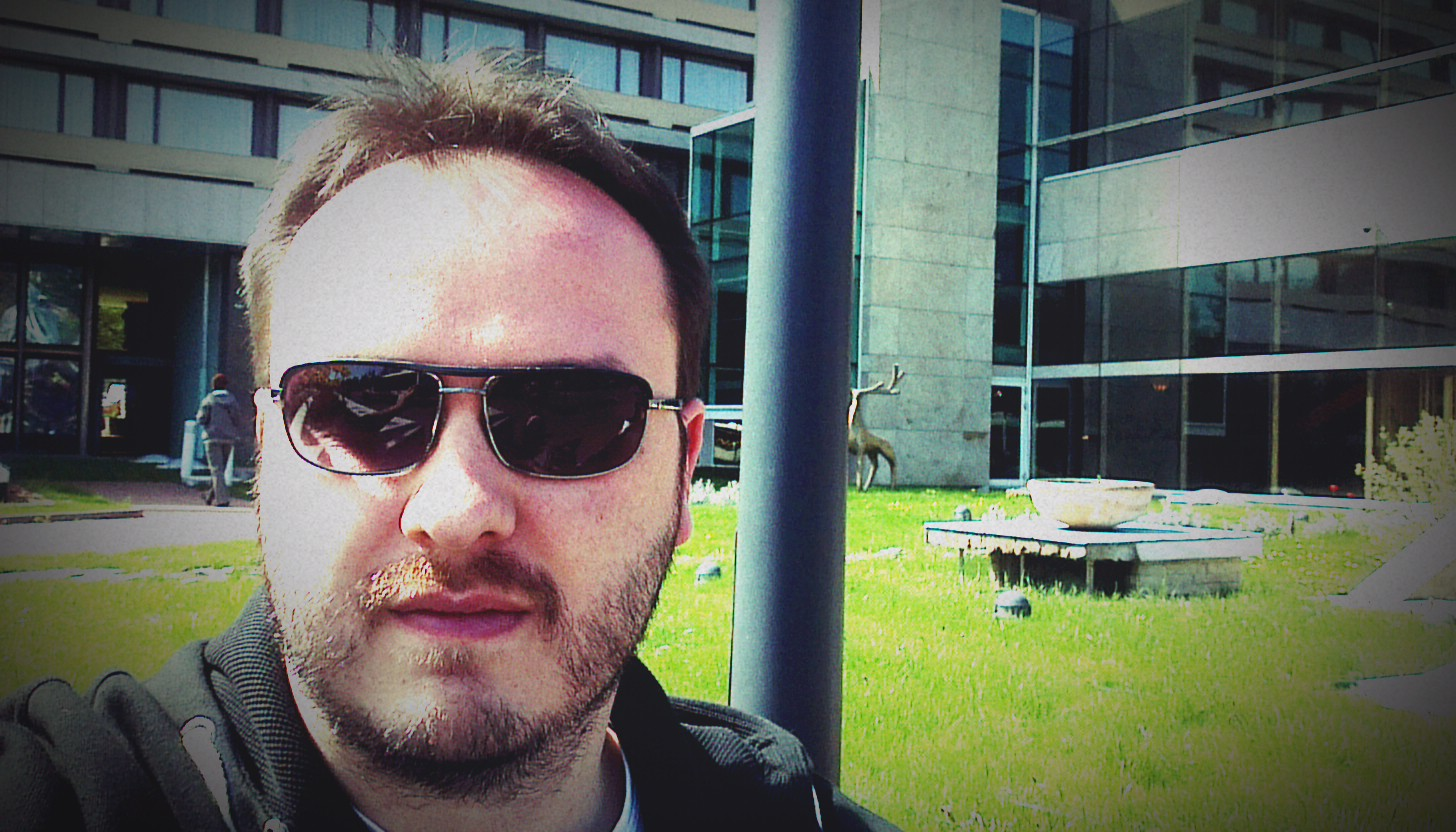 A selfie of a man (me) in sunglasses