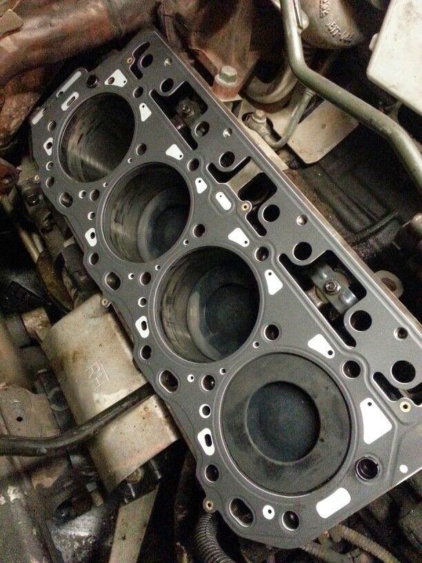 Feature Def furthermore Lml Duramax Bent Connecting Rod besides F in addition  additionally . on lml duramax engine