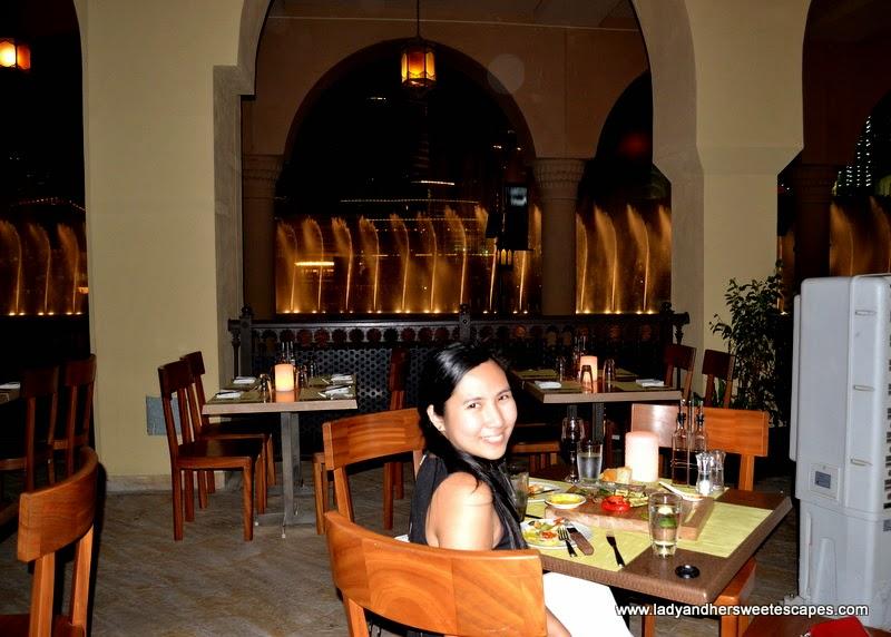 Lady at Serafina Italian Restaurant in Souk Al Bahar Dubai
