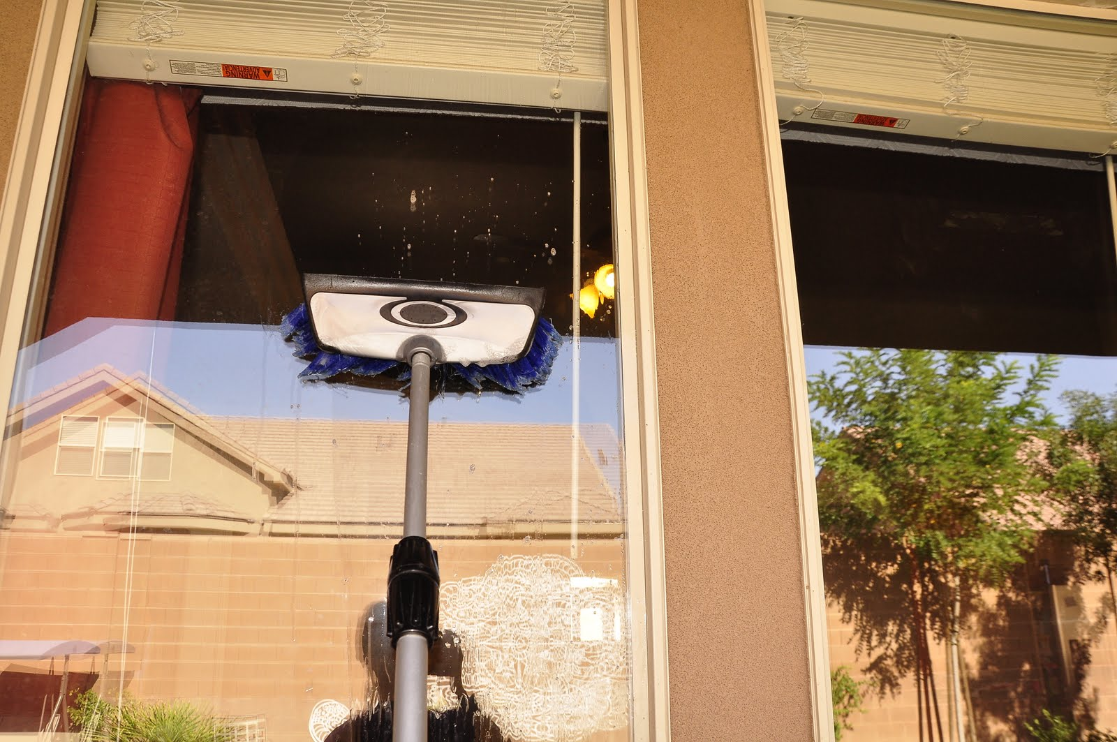 Homemade window cleaning solution for Window washing