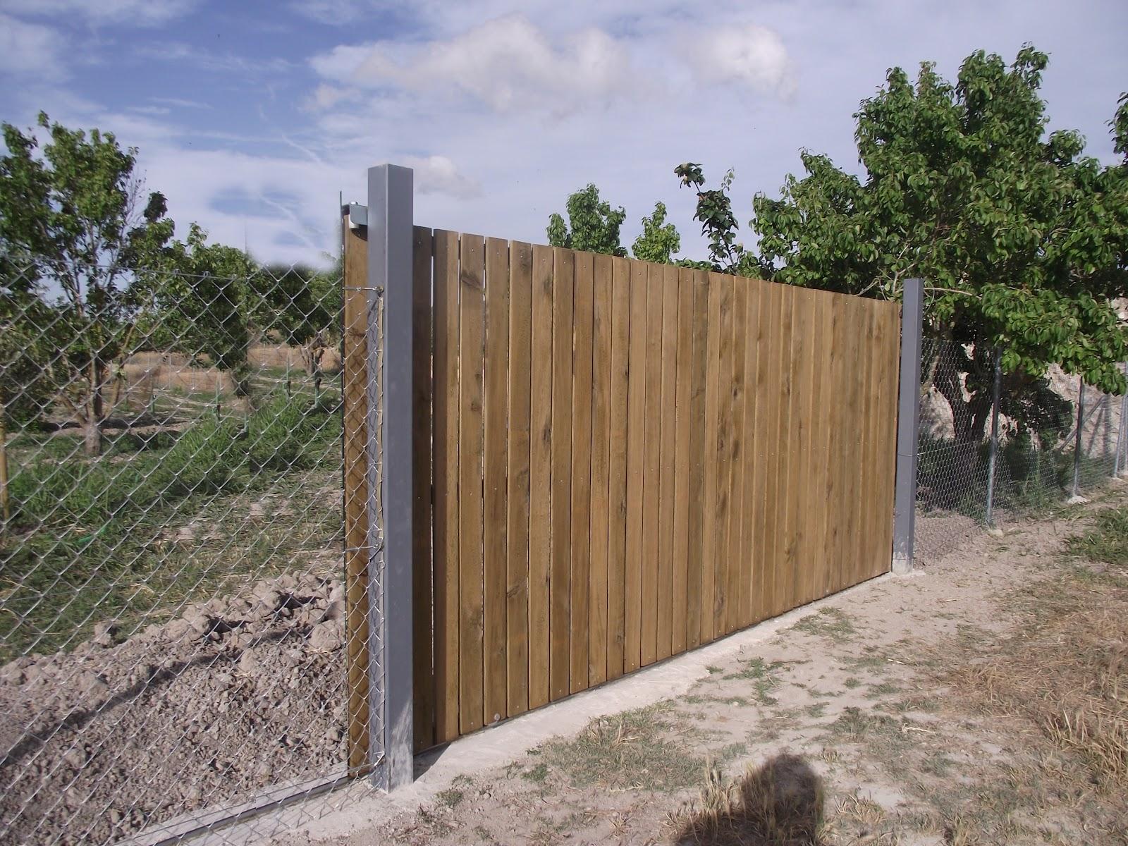 Portales de madera para fincas good trendy cercos de for Puertas para fincas
