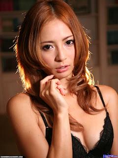 Sex Trực Tuyến Ayase Shiori Album Thứ 15 Của Cô