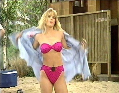 Most Viewed Christina Applegate Photo Gallery and