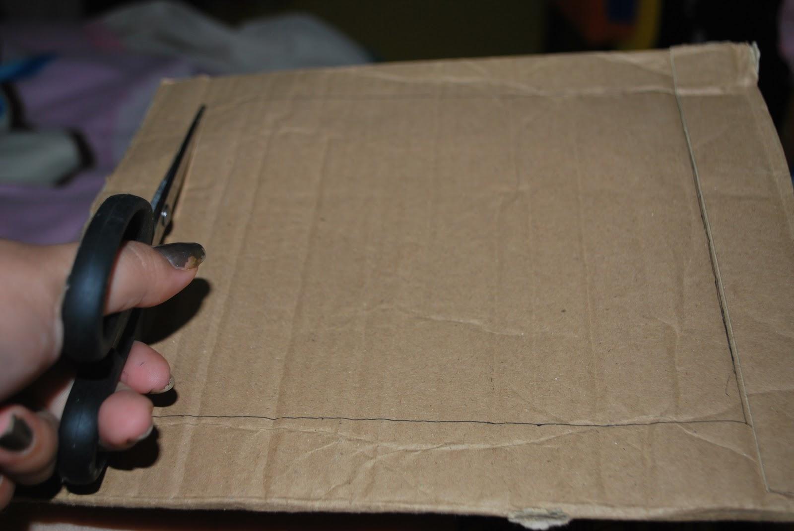 hiasan daun plastic dankeong untuk mempercantik tampilan bingkai