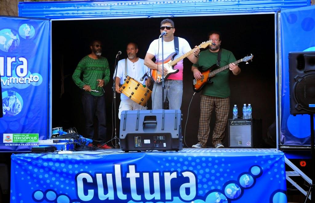 O forró de Fernando Mello, com PC, Arnaldo Almeida e Marcos André