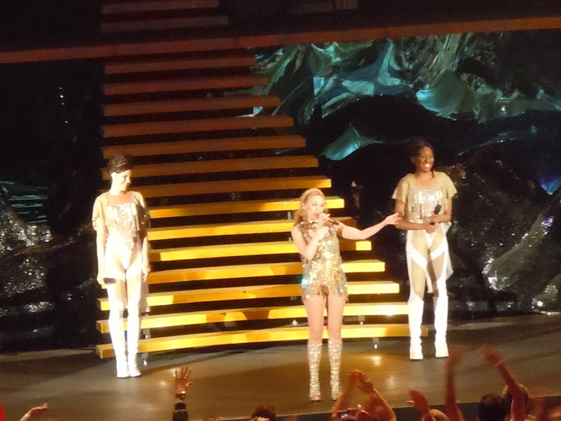 Kylie Hollywood Bowl 2011
