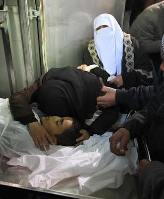 Imagens fortes-atenção- crimes de Israel - foto 9