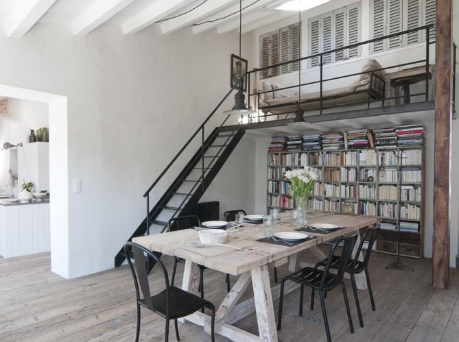 Estilo rustico mesas rusticas de tablones for Chaise de salle a manger hemisphere sud