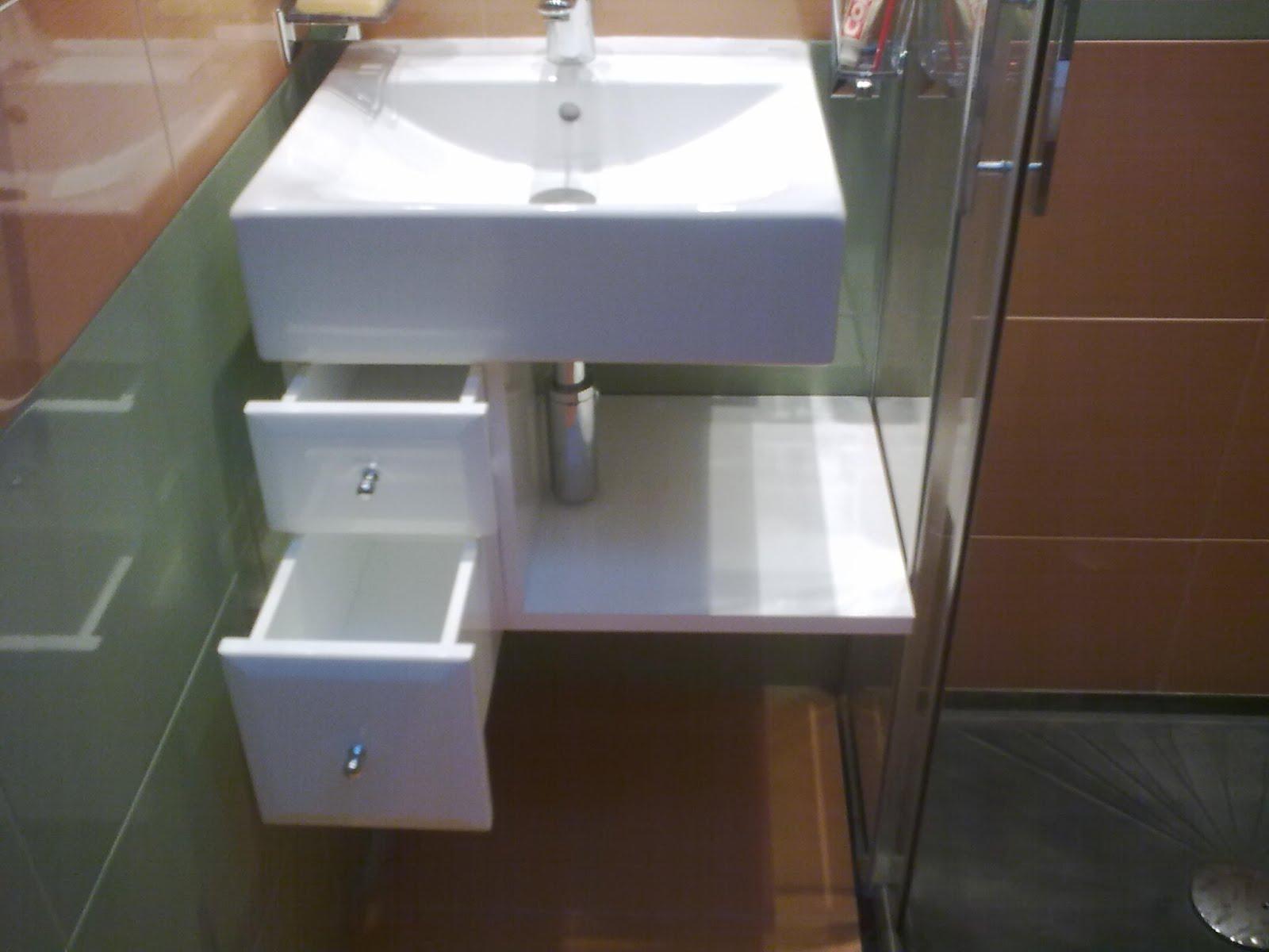 armario bajo lavabo lacado en blanco muebles cansado