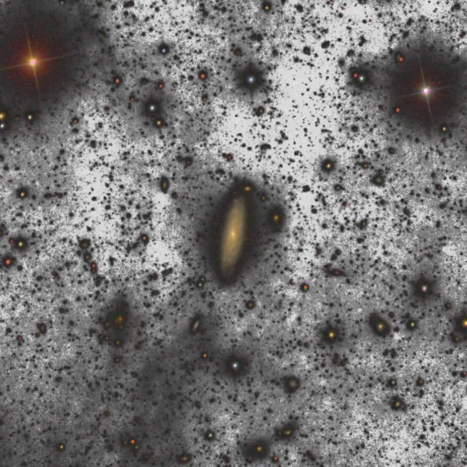Un halo de estrellas alrededor de la galaxia UGC00180