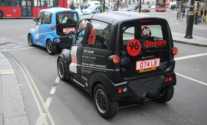Gordon Murray T25 and T27 near Trafalgar Square