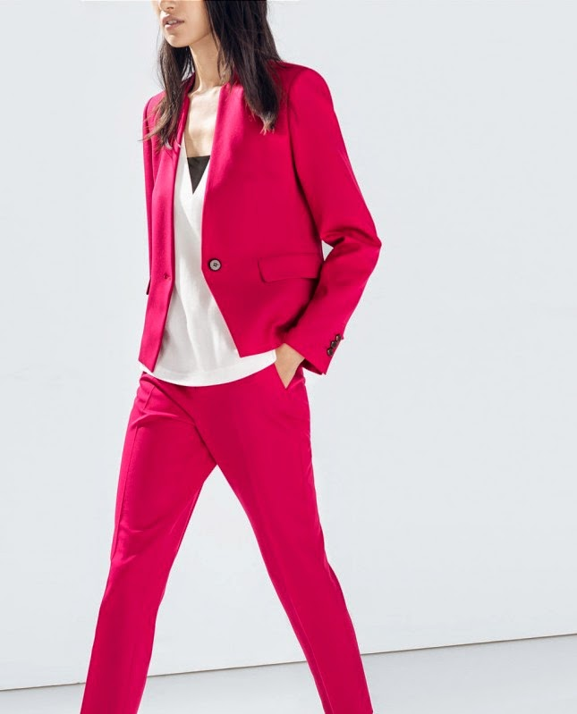 10 Maneras de Vestir Adecuadamente para la Oficina