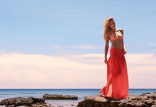 Calzedonia-Shades-of-Coral-Colección7-Baño-Primavera-Verano2013
