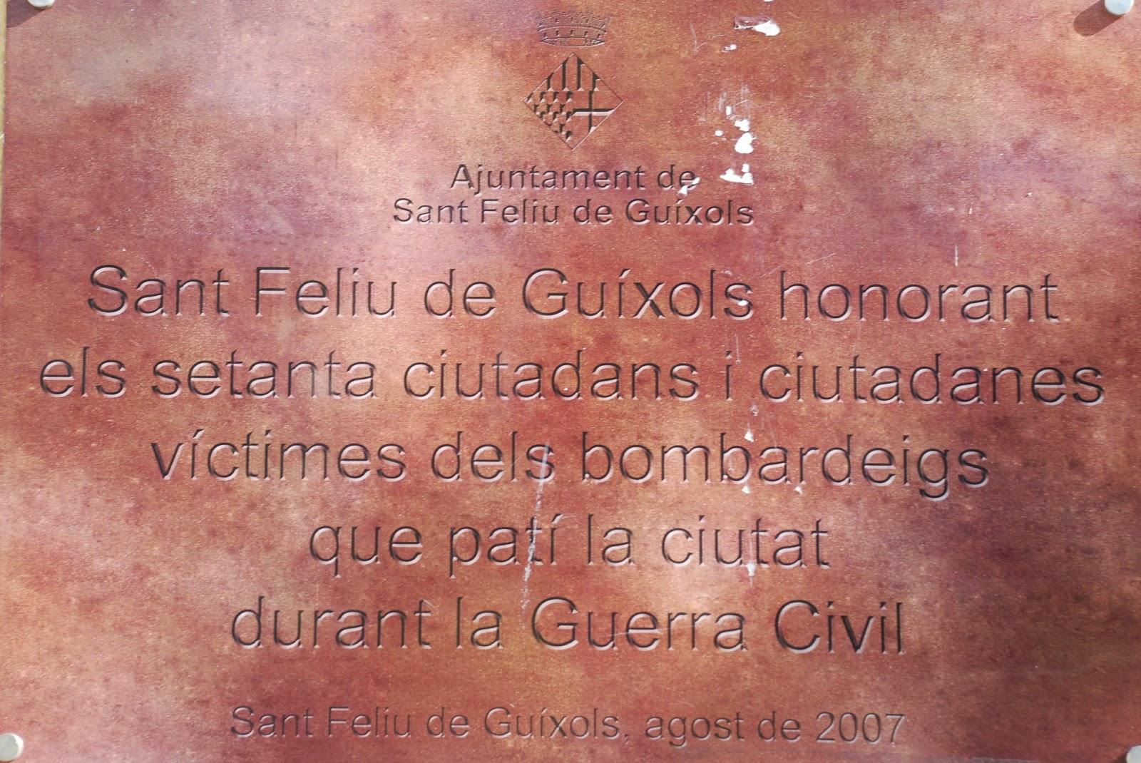 Memorial plaque to the 70 citizens who died in the bombing of Sant Feliu during the Civil War