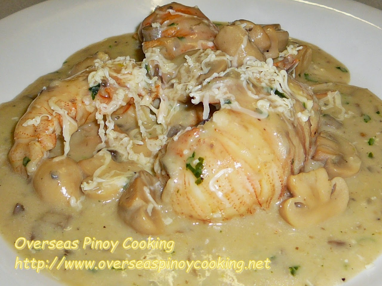 Pitik with Cheesy Mushroom Sauce