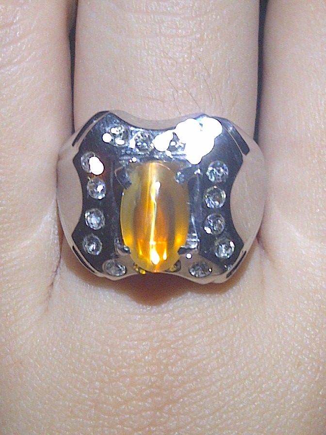 Batu Permata Opal Yellow Cat Eye