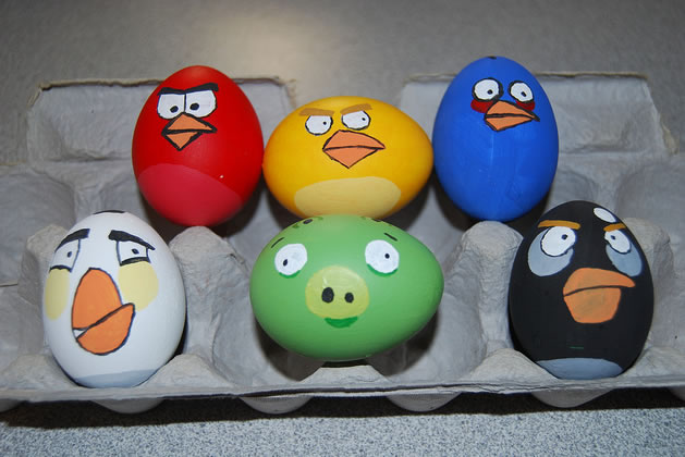 Angry Bird Easter eggs from Craftzine