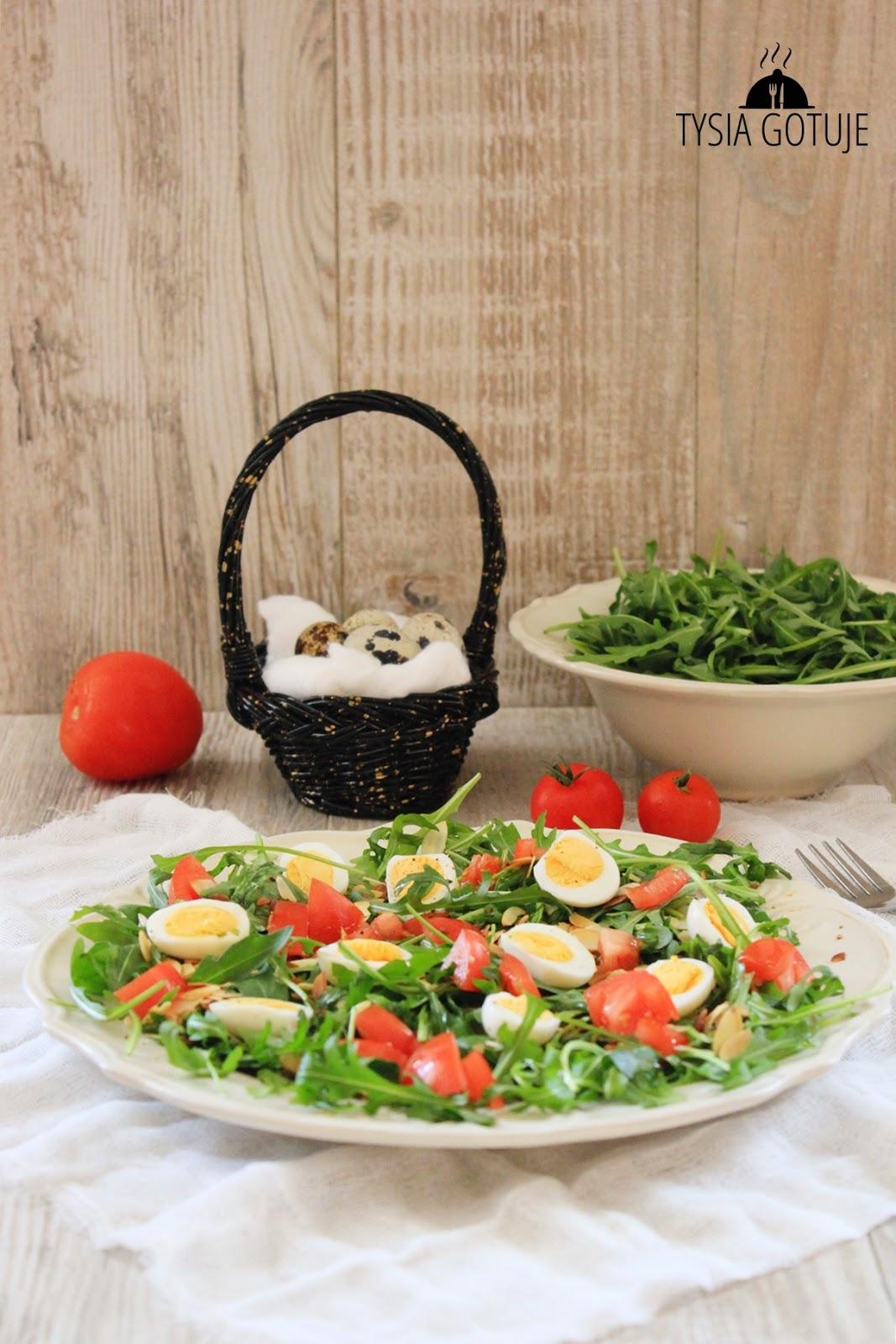 Salatka Z Jajkami Przepiorczymi Rukola I Platkami Migdalow Tysia