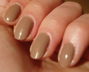 http://etteilla62.blogspot.fr/2014/08/kiko-gold-rosy-brown-comme-une-odeur-de.html