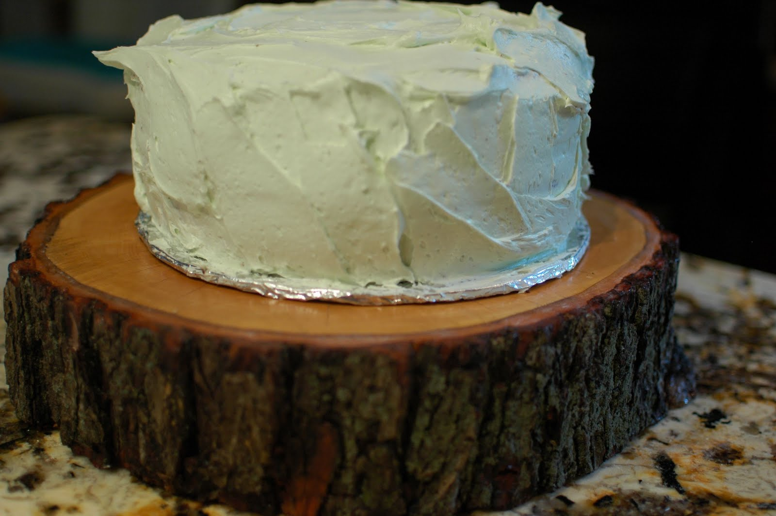 Tree Slice Cake Stand & TurtleCraftyGirl: Rustic Wood Cake Stands