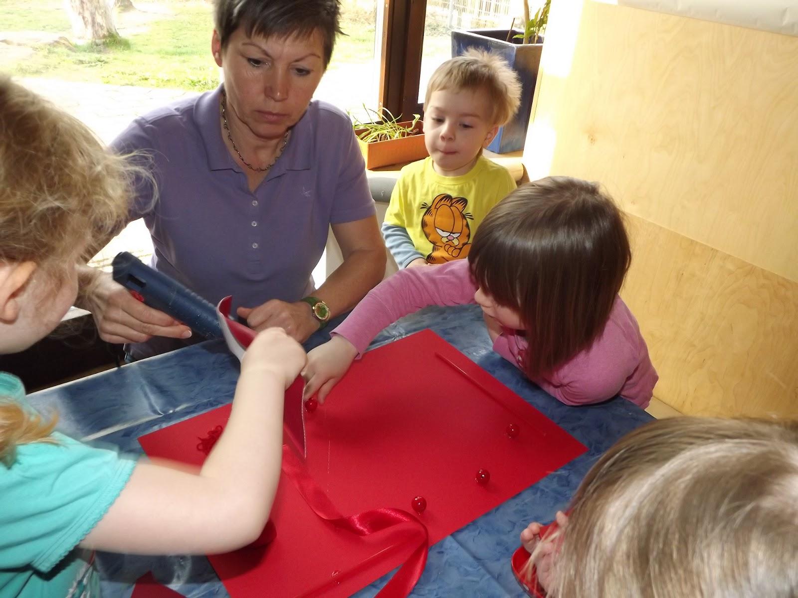 Ausmalen - Formen und Farben im Kindergarten