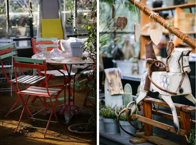 sillas y caballito vintage
