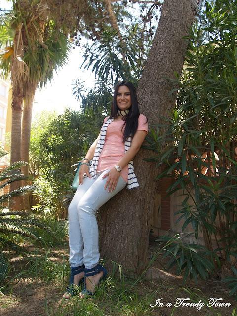 La vie en rose et bleu outfit