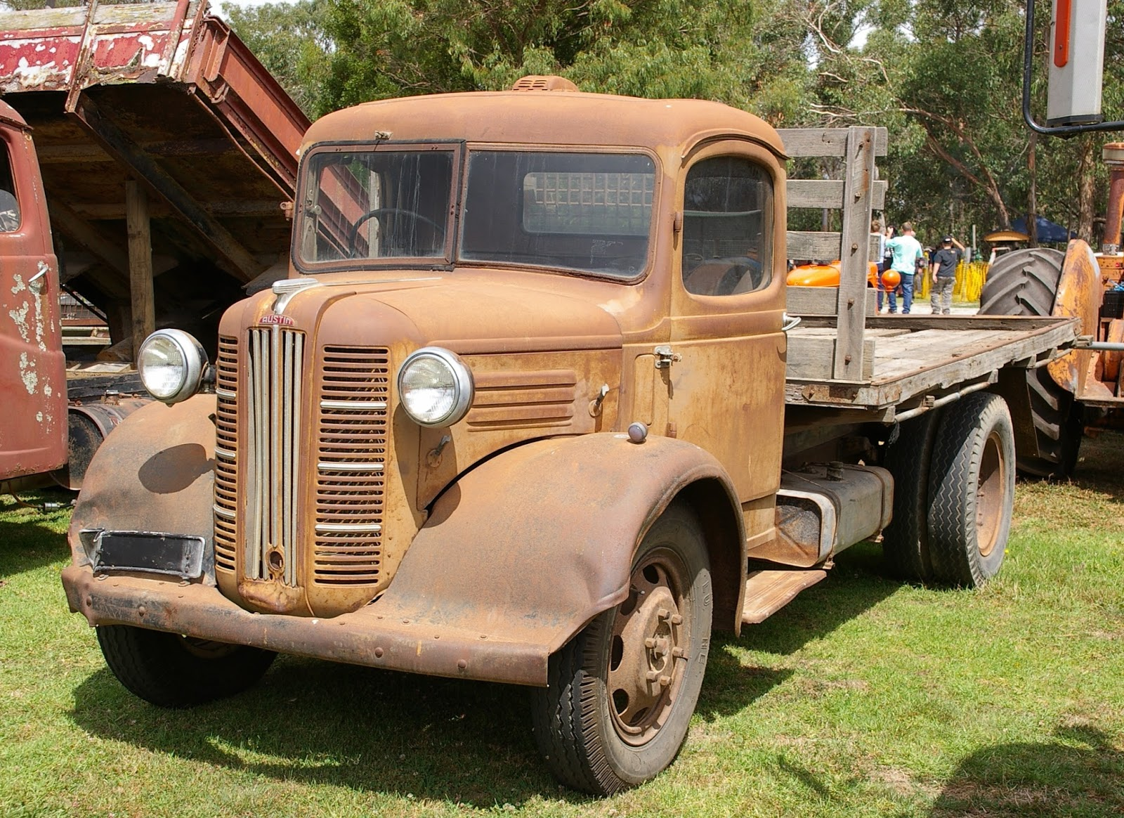 Historic Trucks: Longwarry Truck Show 2015: Part 3 - English and ...