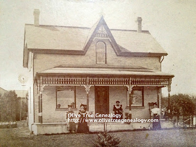 Olive Tree Genealogy Blog: Hooper-Squires Photo Archives Treasure No. 3: The Squires House ca 1900