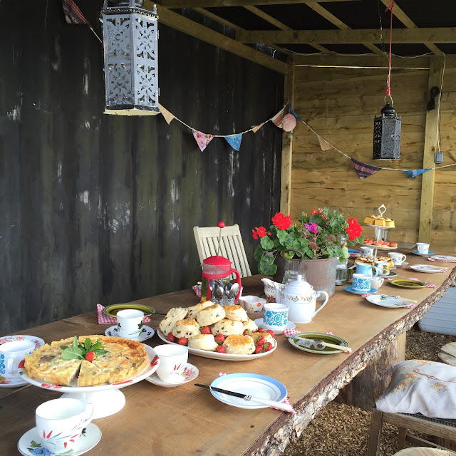 The Oxford Yurt hen party