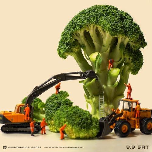 08-Deforestation-Tatsuya-Tanaka-Miniature-Calendar-Worlds-www-designstack-co