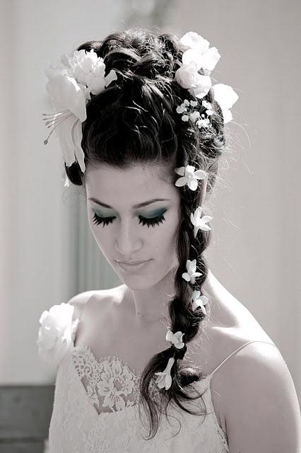 Amazing Wedding Hairstyles for Long Hair with Flowers 426 x 640 · 34 kB · jpeg