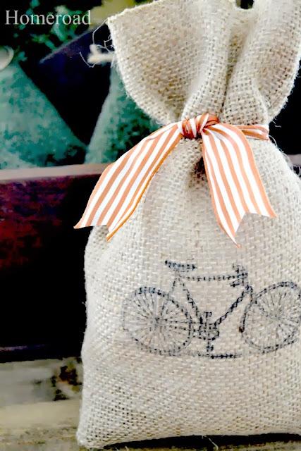 burlap gift bags www.homeroad.net