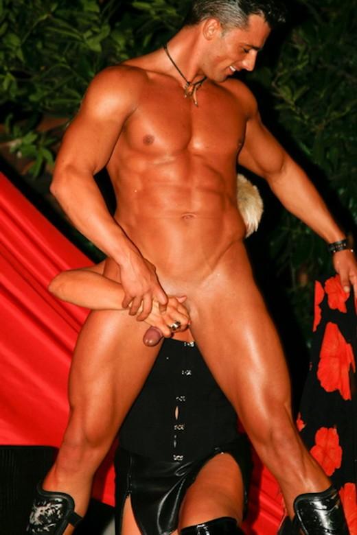 gay århus luder stripper sasha
