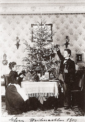 Christmas Portrait of One Couple 1900-1942