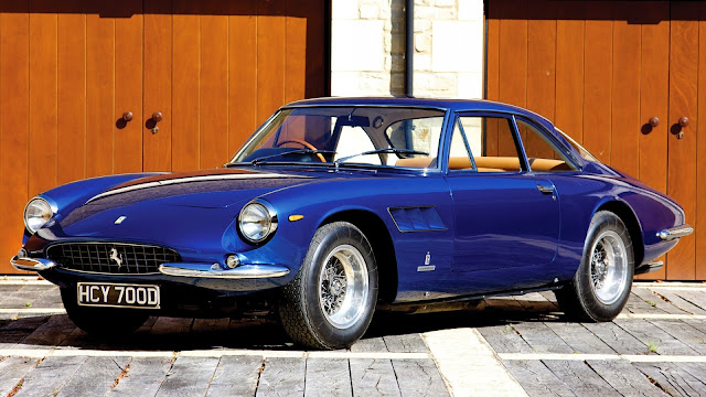 Ferrari 500 Superfast 1964 azul